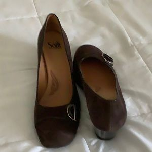Sofft brown suede shoes